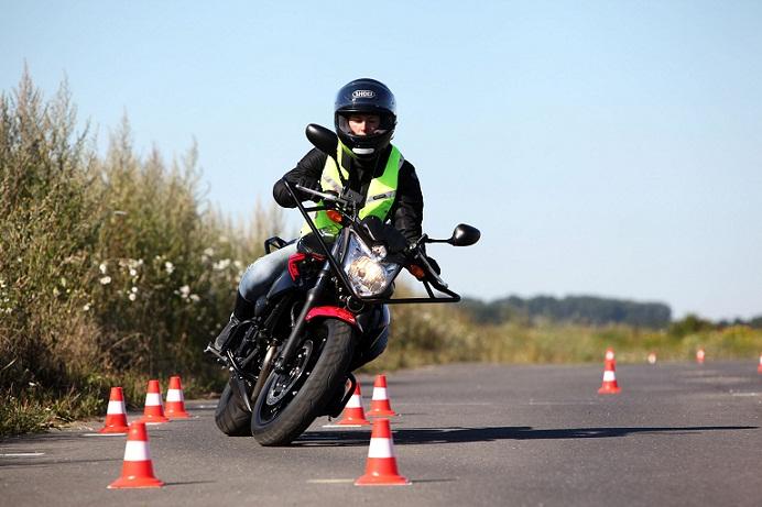 Comment passer le permis moto ?