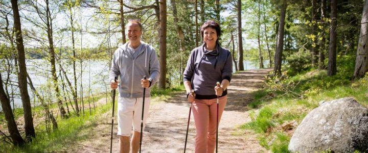 La marche nordique, une nouvelle façon de découvrir la montagne